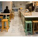 Sgabello SPAZIO in legno design per Bistrot bar ristoranti